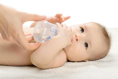 كل ما تود معرفته عن الجفاف عند الأطفال