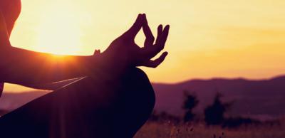 اليوغا والتأمل لعلاج الوسواس القهري