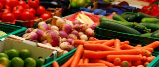 الوان الأغذية ودلالتها الصحية