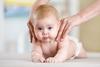 ما هي الزيوت التي ينصح باستخدامها عند تدليك الأطفال؟