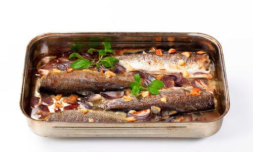 أعلى 10 مأكولات بحرية لتخفيف الوزن