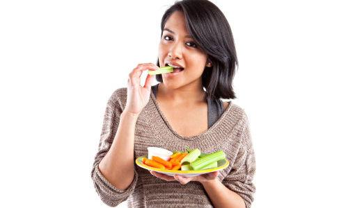 النباتيون أقل عرضة للإصابة بإضطرابات الأمعاء