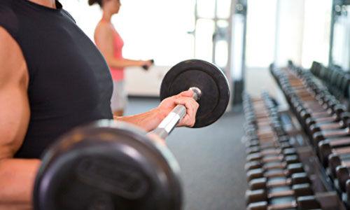 رفع الاثقال يساعد على الاقلاع عن التدخين دون زيادة الوزن