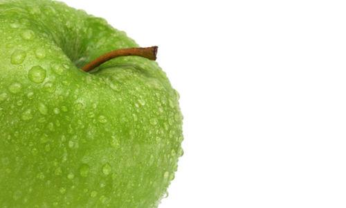 التفاح يقلل الوزن و يفيد الصحة