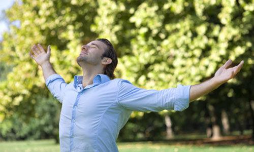 تمارين التنفس تساعد في تسكين حرقة المعدة