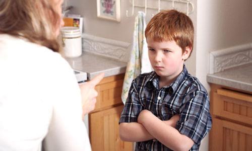 الأطفال ذوي العلاقات السيئة مع أمهاتهم هم أكثر عرضة للبدانة
