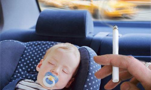 العديد من الأطفال يتعرضون للتدخين السلبي في السيارات