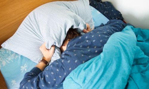 النوم يصبح أفضل مع التقدم بالعمر، وليس أسوأ