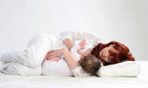 هل تعلم أن الأمهات أيضا تستفيد من الرضاعة الطبيعية؟