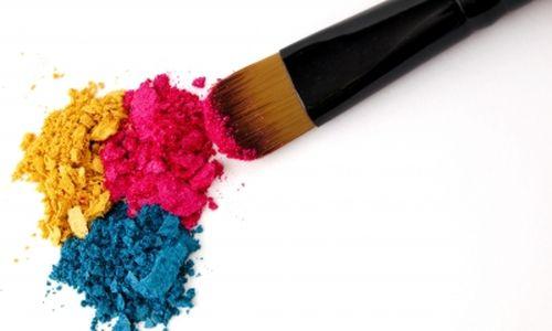 المواد الكيميائية الموجودة في مواد التجميل مرتبطة بالسكري