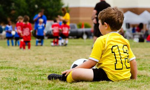 نشاط الأطفال الجسدي يتأثر بشكل كبير بأصدقائهم