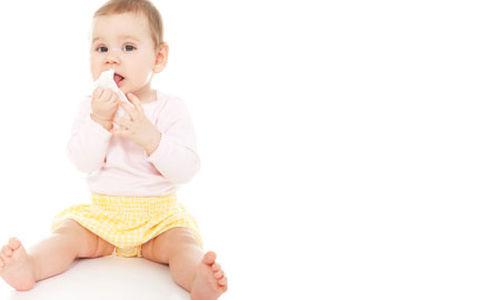 استخدام مناديل الاطفال المبللة آمنة كالماء