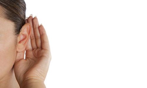 علامات تدل على وجود مشاكل في السمع