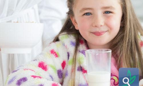500 مل من الحليب يوميا يحافظ على مخزون فبتامين د والحديد للأطفال