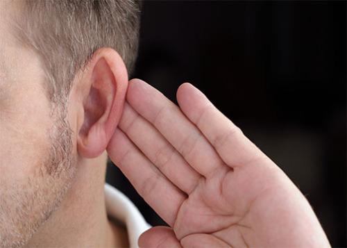 التدخين سبباً في فقدان السمع