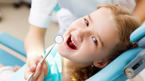 كيف تحمي أسنان أطفالك من التسوس؟