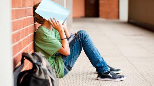 كيف تساعدين طفلك على الحصول على درجات دراسية عالية؟