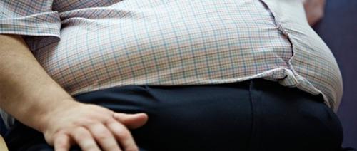 دهون البطن تزيد فرصة الاصابة بسرطان الامعاء