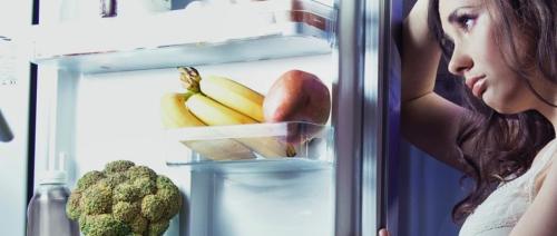 أطعمة لا يُفضّل تناولها قبل النوم؛ فما هي؟