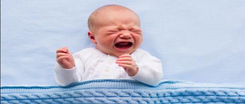هل يخفي حديثو الولادة عنك شعورهم بالألم؟