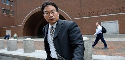 الحكم على صيدلي بالسجن 8 سنوات لدوره في تفشي التهاب السحايا في 2012