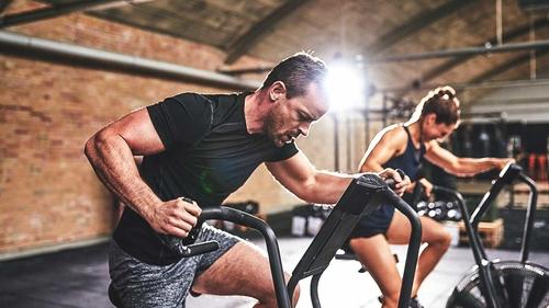 هل تجعل كثرة التمارين الرياضية الصحة النفسية أسوأ؟