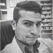 الصيدلاني حسام بدوي