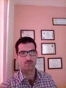 د. ايمن محمد ال عثمان