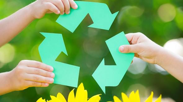 جمع العبوات والأكياس البلاستيكية وتدويرها تحافظ على صحة الإنسان
