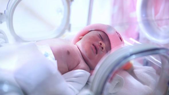 مشاكل العظام والمفاصل عند الأطفال حديثي الولاده