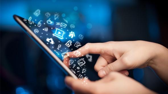 تأثيرات مواقع التواصل الاجتماعي على الصحة النفسية