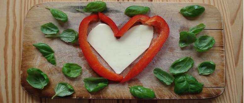 الغذاء والحب ؛ هل من علاقة بينهما؟
