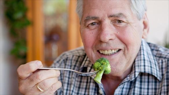 دور  التغـذية  في  الوقاية مـن  هشاشة العظام